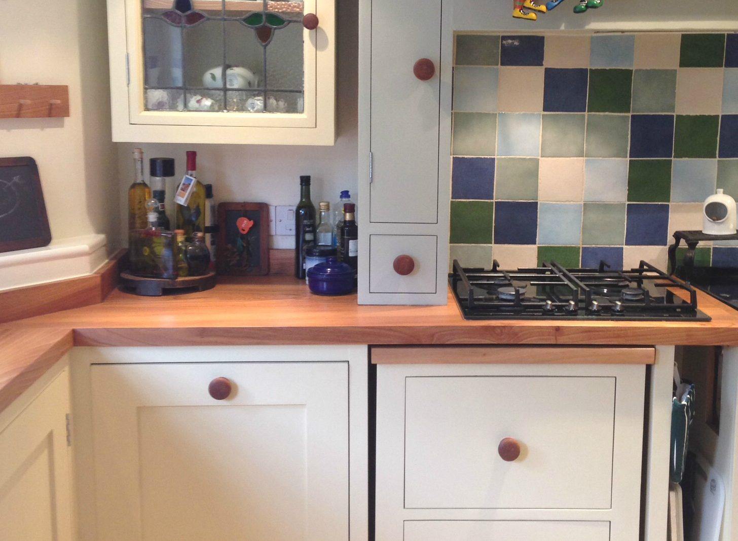 Refurbish Old Kitchen Worktops