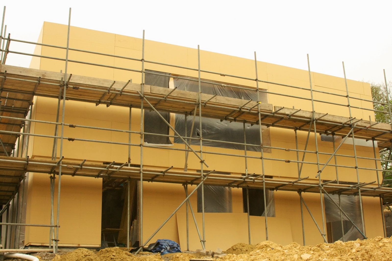 Which material is cheaper to build a house Where to buy materials for building a house