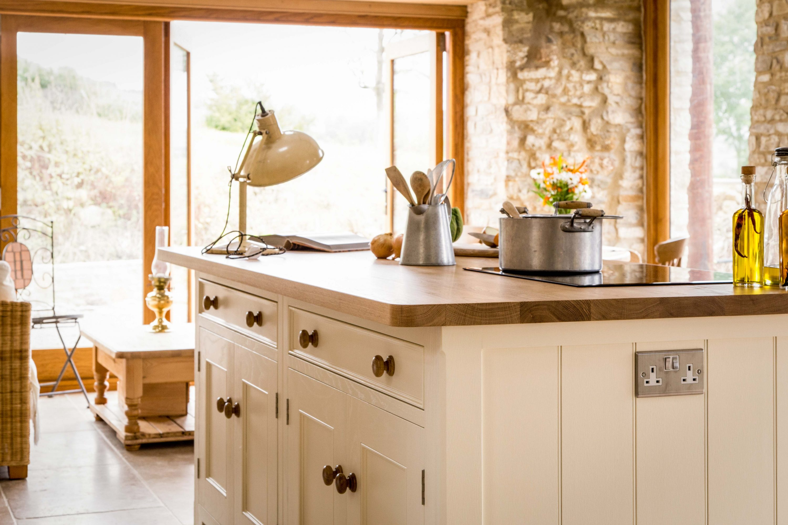 A Traditional Country Kitchen - Sustainable Kitchens