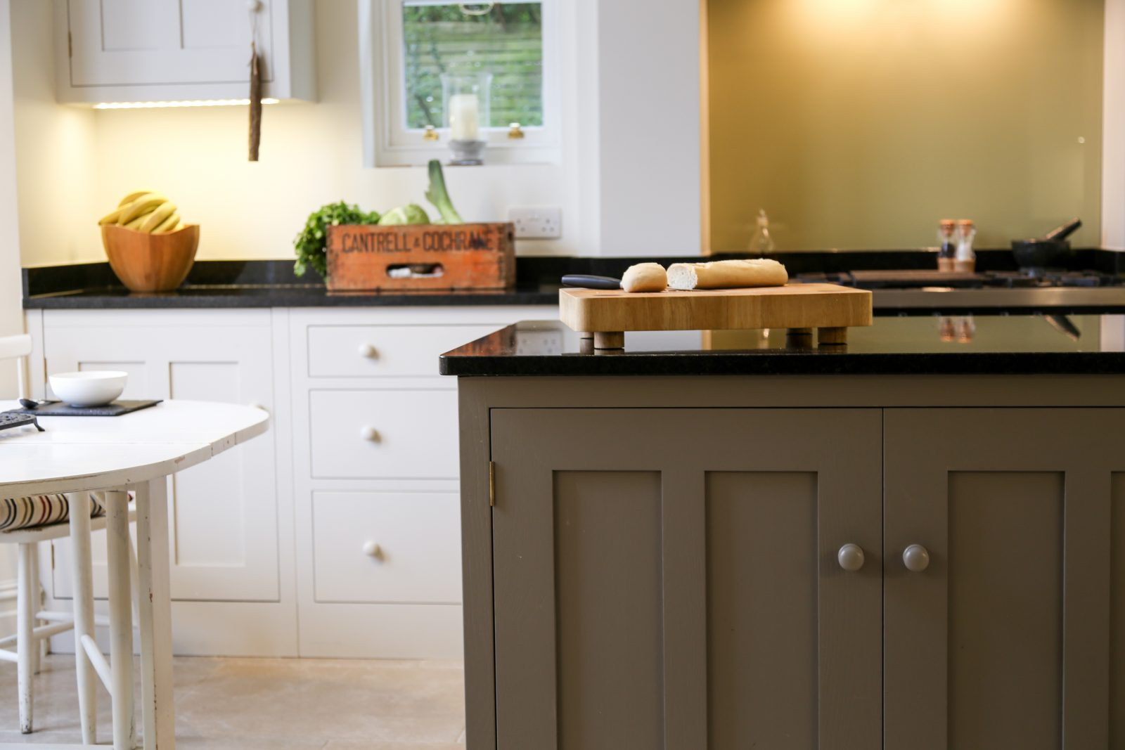 Contemporary shaker style oak kitchen