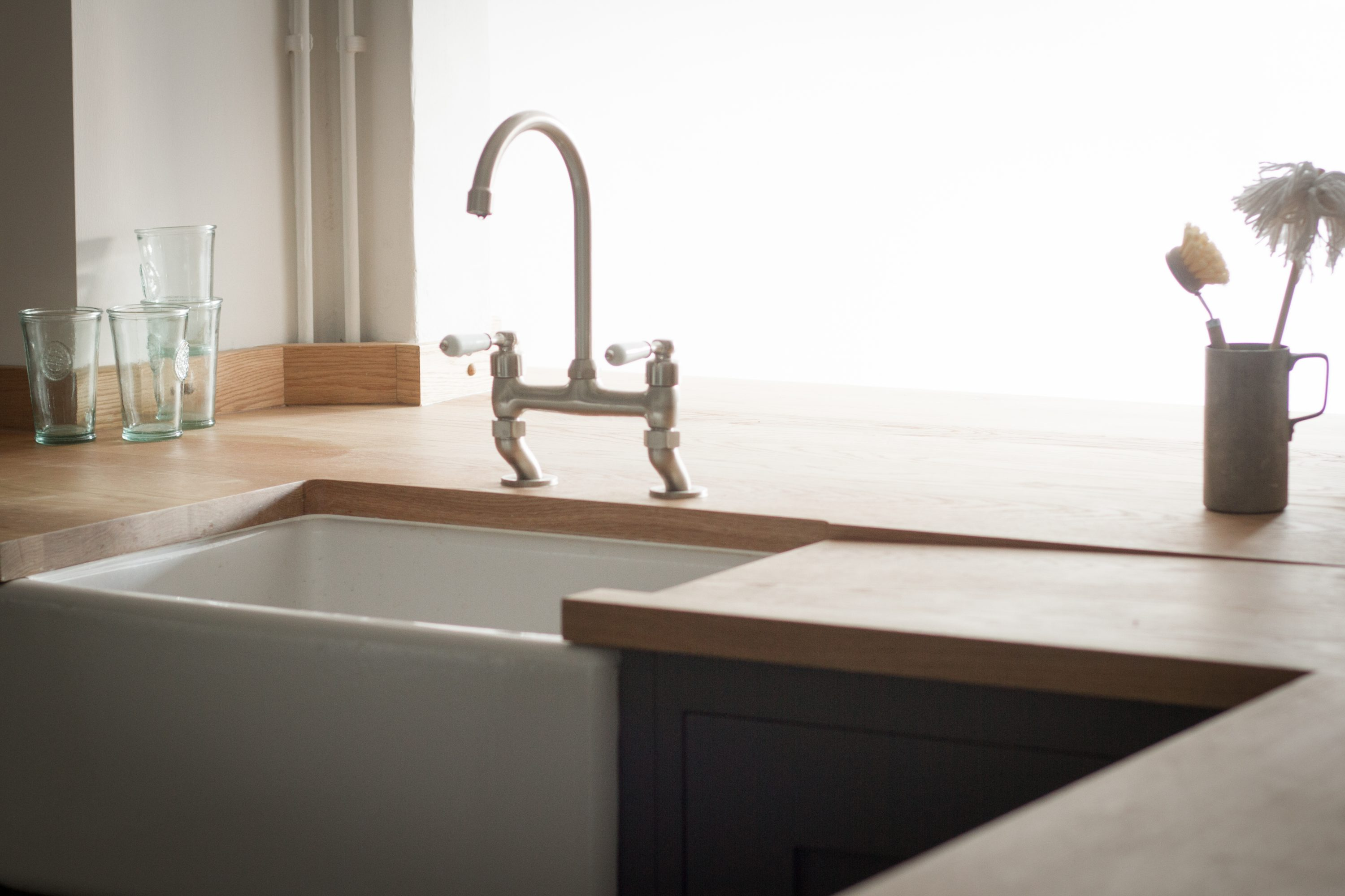 Bane - The Cosy Stone Cottage Kitchen in Bath - Sustainable Kitchens