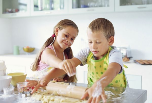 children in the kitchen - sustainable kitchens