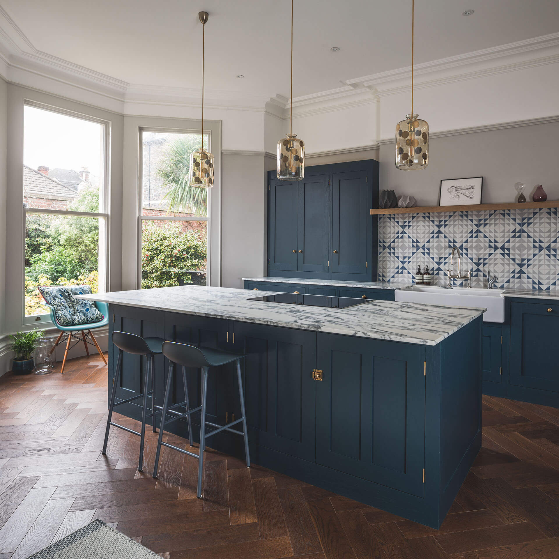 Astounding Dark Blue Geometric Kitchen Sustainable Kitchens Home Interior And Landscaping Ologienasavecom