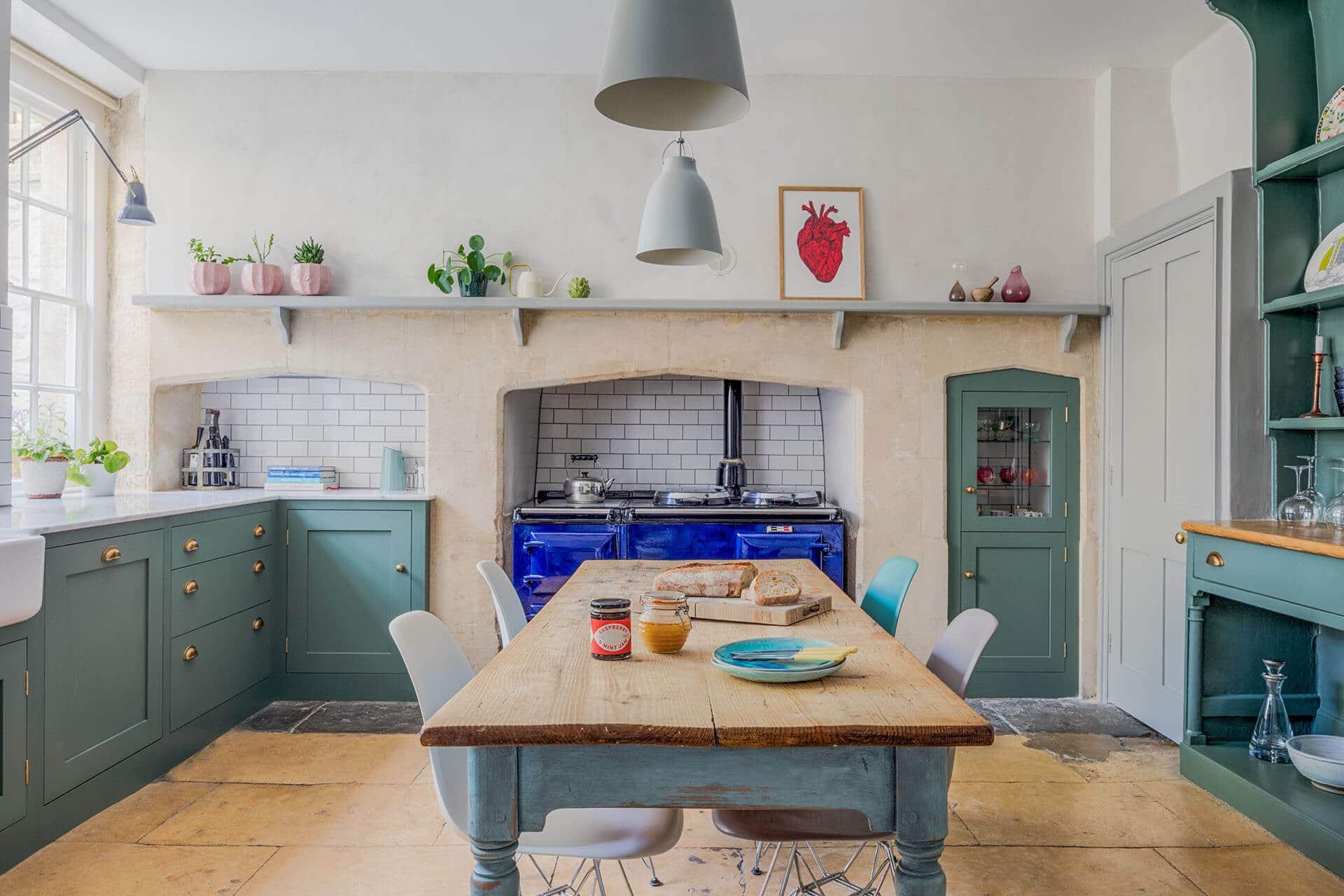 appealing light green shaker kitchen | THE GREEN SHAKER KITCHEN | Sustainable Kitchens