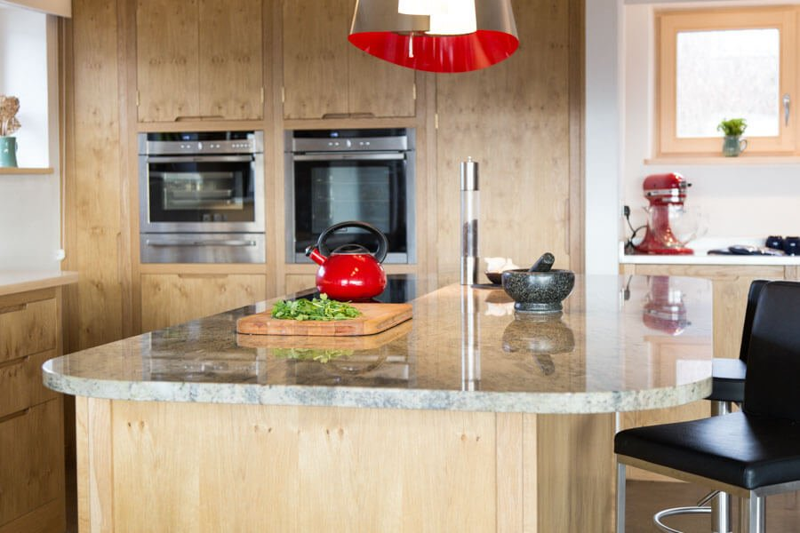FREESTANDING OR FITTED COOKER-