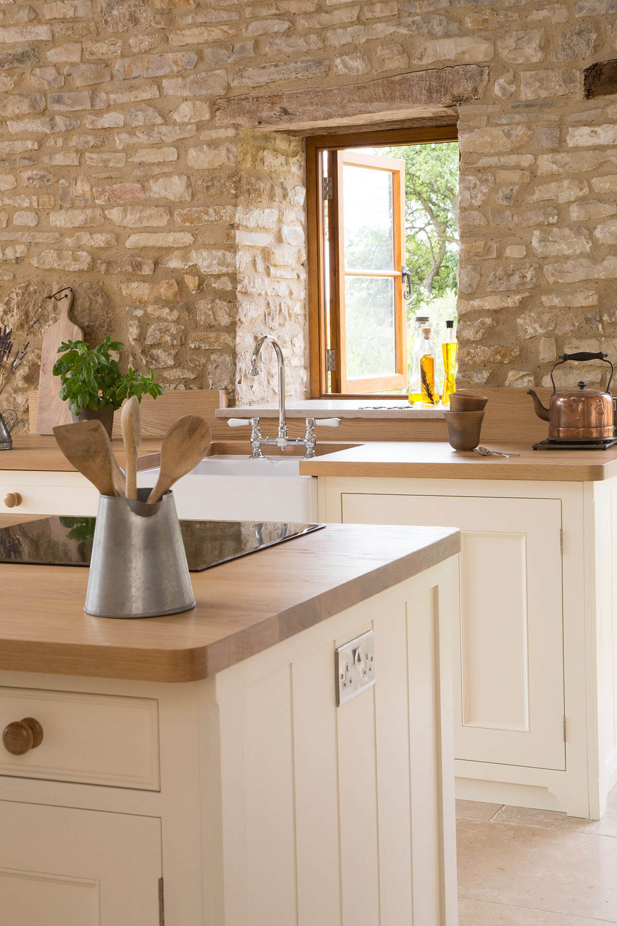 SUSTAINABLE KITCHENS FEATURED ON HOUZZ