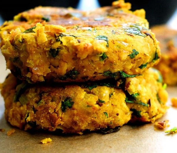 spicy masala chickpea burgers