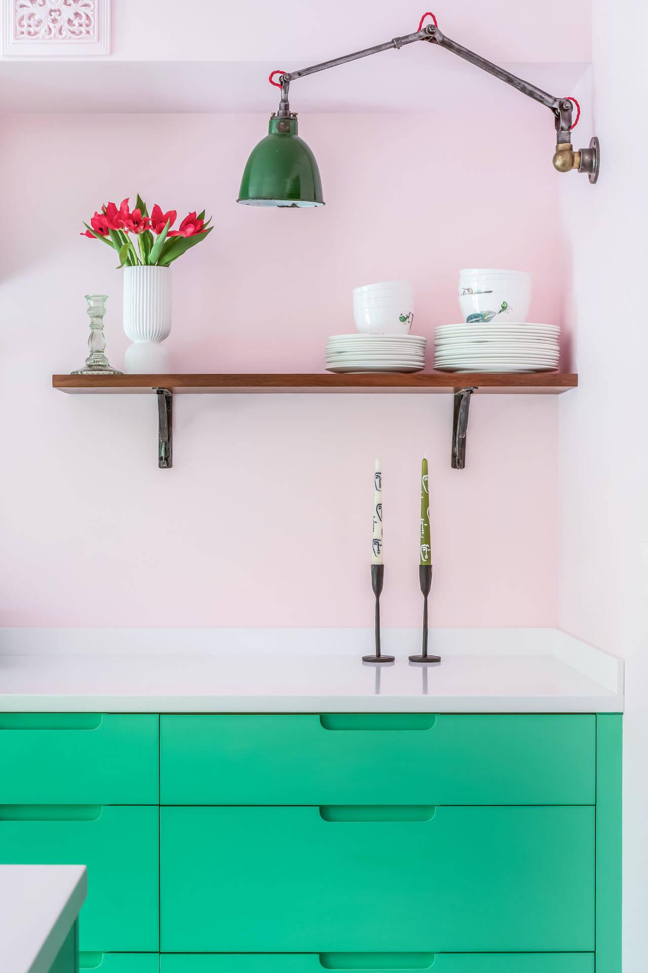 Granada Green Kitchen - Pink walls, Corian Worktop, Retrovious Lights